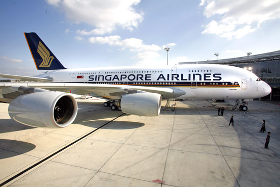 singapore_airlines_sq380_1.jpg