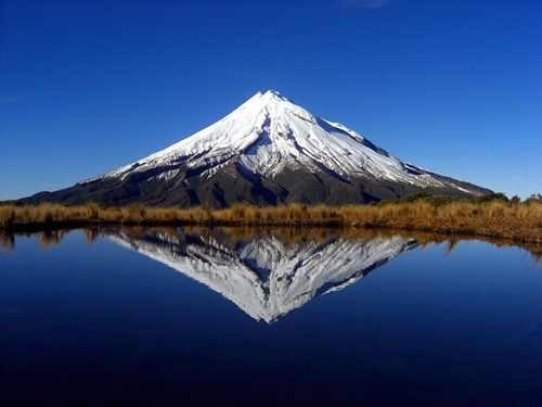 Mount_Taranaki_New_Zealand21