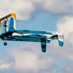 Amazon Prime Air reklamoje parodomasis siuntų pristatymo drono skrydis
