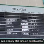 Kaip veikia perskeltų atvartų ekranai traukinių stotyje