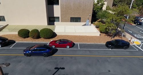 2016-10-31 20_50_27-Full Self-Driving Hardware on All Teslas on Vimeo